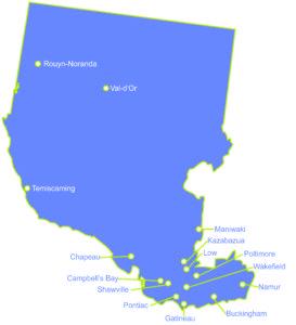 Carte du territoire de Western Québec montrant chacune des municipalités disposant d'une école